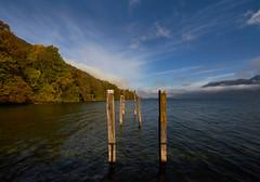 le vieux ponton (standdeb) Tags: ponton hautecombe savoie bourgetdulac lac eau nature paysage vieux ancien g nuage ciel bleu