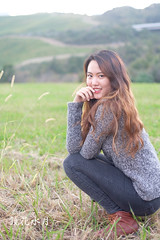 Autumnal Thai Beauty (Kyoka Suigetsu ()) Tags: model beauty beautiful portrait retrato thai girl japan autumn fall sexy brunette red lips light outdoor people fujifilm xt10 fujifilmphotography fujistas
