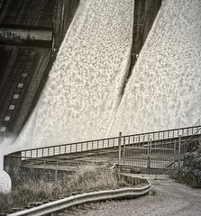 Spilling (Ian@NZFlickr) Tags: clyde dam spillway lake dunstan central otago nz
