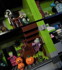 04-Modular Monster House MOC Halloween Edition front view_diagonal (fuggoo) Tags: zombie zombies legozombie lego moc modular monster monsters house halloween pumpkin marilyn monroe elvis presley joker ghost ghosts ghostbusters
