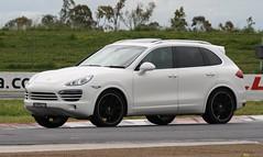 Porsche Cayenne (Runabout63) Tags: porsche cayenne mallala