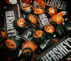 Day 305:  treats (Mark.Swanson) Tags: candy chocolate hersheys dove halloween treats