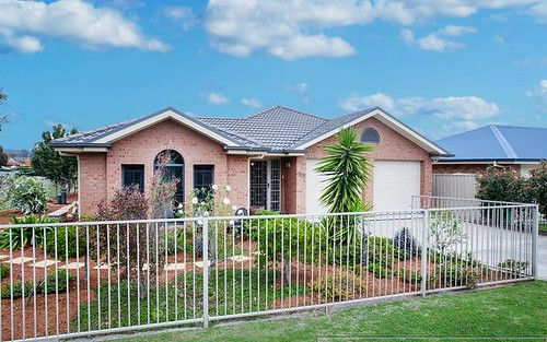 50 Sale Street, Greta NSW 2334