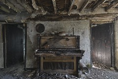 faction (Robert Kendall.) Tags: rob kendall decay abandoned robbiek farm house splinter piano art light neglected