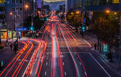 howard street rush (pbo31) Tags: sanfrancisco california color nikon d810 november 2016 fall boury pbo31 bayarea soma night dark lightstream traffic motion over howardstreet mosconecenter convention center red infinity