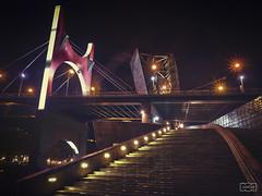In crescendo (Jose Antonio. 62) Tags: spain espaa basquecountry euzkadi bilbao gugenheim escaleras stairs building edificio architecture night noche puente bridge