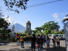 TOURISTS (PINOY PHOTOGRAPHER) Tags: daraga albay bicol bicolandia luzon philippines asia world sorsogon