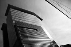Concordia (• CHRISTIAN •) Tags: urban blackandwhite bw monochrome architecture nikon university angle montréal noiretblanc contemporary université nb québec concordia urbain contemporain gwim