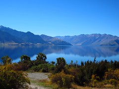 Lake Hawea 05-04-2012 13-38-00 (Mark in New Zealand) Tags: newzealand sky lake water nz