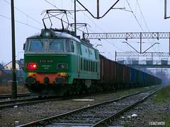 ET22-1008 Tuszcz 27.12.11 (Sebastian Gomka) Tags: electric train cargo locomotive freight trainspotting pkp et22 tuszcz et221008