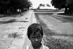 Shore Temple - Mahabalipuram (bmahesh) Tags: portrait people blackandwhite india rain architecture canon kid rainyday unesco canon5d chennai mahesh tamilnadu mahabalipuram mamallapuram heritagesite pallavas canonef24105mmf4isusm canoneos5dmarkii maheshphotography bmahesh wwwmaheshbcom