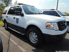 Chief 65 (Engine 907) Tags: nottingham ford expedition fire pennsylvania chief deputy company suv command township battalion bensalem