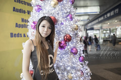 Alice-Xmas (Alphone Tea) Tags: life xmas travel light portrait woman white cute sexy girl beautiful beauty pose print model singapore asia pretty slim dress bright bokeh modeling great models chinese perspective young longhair adorable attractive 24 24mm lovely merrychristmas orchardroad 6d longleg 2414