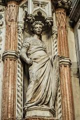 Fortitudo (Fernando Two Two) Tags: venice italy statue italia escultura fortaleza estatua venecia venezia scupture palazzoducale palacioducal fortitudo
