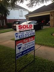 "Real Estate signs <a style=""margin-left:10px; font-size:0.8em;"" href=""http://www.flickr.com/photos/69723857@N07/12121142175/"" target=""_blank"">@flickr</a>"