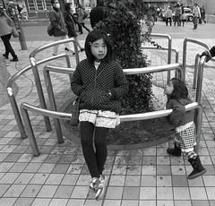 Shinjuku, Tokyo (View Master 187) Tags: japan self tokyo shinjuku un diafine motor konica 24mm developed 54 f28 320 ft1 hexanon orwo