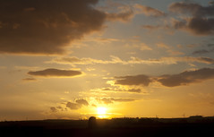Sunset 26th February 2014 (mark_fr) Tags: york sunset sky sun set sunrise volcano iceland view market yorkshire hill estuary vale east april dust 16th volcanic mere eruption beverley humber 2010 hornsea eyjafjallajkull weighton of molescroft