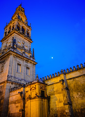 MosqueCathedral (Mezquita) of Crdoba Spain at Night (mbell1975) Tags: old our espaa church abbey lady night de evening town grande spain ancient europe catholic cathedral dom great kathedrale iglesia kirche chapel historic romano chiesa espana spanish igreja moorish di cordoba mezquita andalusia altstadt crdoba kerk eglise cordova assumption rmer espaol moschea kirke kapelle moschee cordoue mosquecathdrale mosquecathedral mezquitacatedral  qurubah