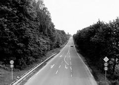 010614-0932 (Steinschlag) Tags: nrw ontheroad ruhrgebiet nordrheinwestfalen wege bottrop ruhrarea northrhinewestphalia rhinewestphalia derwegistdasziel alterpostweg