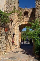 Village Entrance, Castelnou (Wipeout Dave) Tags: castelnou pyrnesorientales pyrenees midipyrnes languedocroussillon france francais village history buildings canoneos1100d djs2016 wipeoutdave davidsnowdonphotography