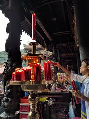 Lungshan Temple - Taipei, Taiwan (ashabot) Tags: temples taiwan taipei red people seasia candles worship prayer