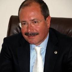 Kuşadasında Altungünden Meclis Üyelerine Belediye Mülkleri İçin Çağrı (daykancom) Tags: aydin türkiyetur