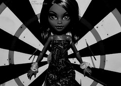 Monster high, Howleen Wolf doll (DaryaM) Tags: howleenwolf monsterhigh doll africanamerican     howleen wolf howleenwolfdoll monsterhighdoll  werewolf