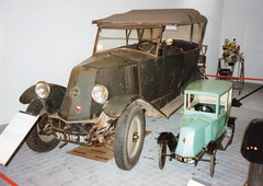 Vintage Renault with baby (andreboeni) Tags: classic car automobile cars automobiles voitures autos automobili classique voiture retro auto oldtimer renault vintage