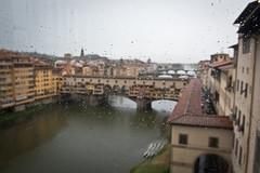 Rain drops (eli calacuda) Tags: firenze italy bridge river water window glass uffizigallery building architecture rain