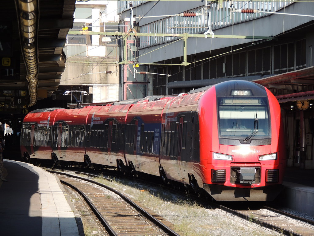 stadler flirt mtr A crucial decision on the future of switzerland's inter-city network will be made this year, which could break sbb's monopoly on the sector bls ceo bernard guillelmon talks to keith barrow about how the country's second-largest railway plans to re-e.