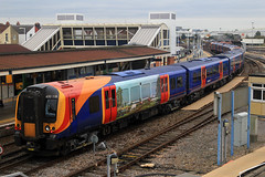 450118 & 450076, Fratton, October 27th 2016 (Suburban_Jogger) Tags: rail railway railroad train passengertravel publictransport frattondepot portsmouth hampshire canon 60d 1855mm october 2016 autumn havant southwesttrains stagecoach siemens desiro class450 450076 450118 vehicle ecs emptystock