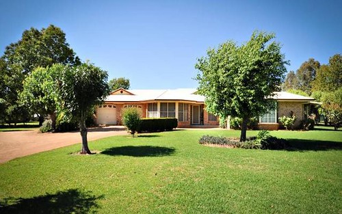 4 CROSSLEY DRIVE, Narromine NSW 2821