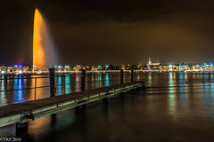 Orange the World (Yee-Kay Fung) Tags: orangetheworld jetdeau geneva cityscape lakeside nightscape switzerland