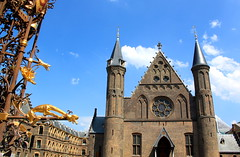 Den Haag - The Hague (Kristel Van Loock) Tags: denhaag thehague laie lahaye nederland visitnederland visitthenetherlands visitdenhaag visitthehague olanda paesibassi lespaysbas mei2016 may2016 citytrip city ciudad citt sgravenhage zuidholland holland hollande lahaya pasesbajos holandameridional laja laia olandameridionale lahollandemridionale haia pasesbaixos thenetherlands europe europa stad stadt haag nederlnderna sgravenhage niederlande wwwdenhaagnl binnenhof innercourt ridderzaal saladeicavalieri