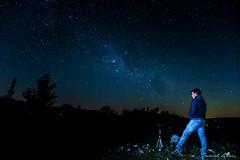 Contamplar el universo (Daniel Alves - Fotografía) Tags: universe vialactea milkyway nikon d5500 villaserrana lavalleja minas uruguay stars estrellas fotonocturna nightphoto