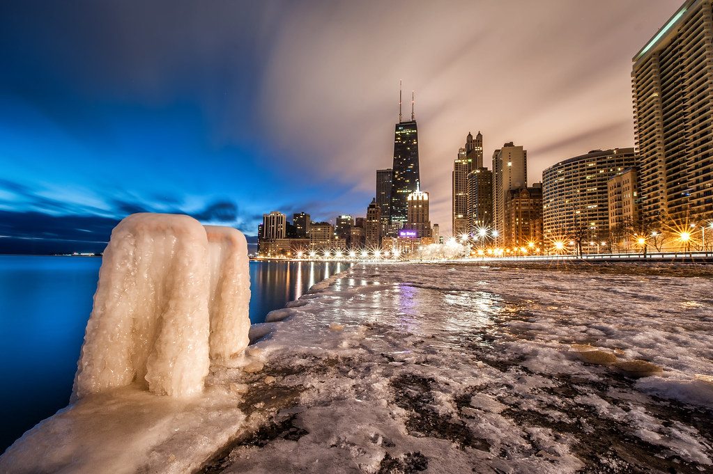 An 85 second exposure taken along Lake Michigan yesterday morning.