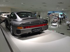 1988 Porsche 959 (mangopulp2008) Tags: cars museum germany stuttgart 911 1988 german porsche 928 356 porschemuseum 959 zuffenhausen germancars worldcars 1988porsche959 uploaded:by=flickrmobile flickriosapp:filter=nofilter
