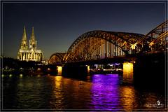 Köln Hohenzollernbrücke und Dom (Schneeglöckchen-Photographie) Tags: city bridge night nacht cologne köln stadt fluss rhein hohenzollernbrücke