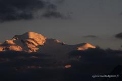 Le Mont Blanc (sylvie.rochas) Tags: sunset mountain mountains alps montagne alpes summit chamonix montblanc alpinisme frenchalps hautesavoie massifdumontblanc savoiemontblanc canoneos600d