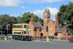 LOG 302 (Mr-NHW) Tags: road bus public museum transport 1954 manor aldridge aston daimler walsall log302