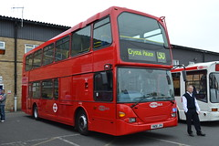 Metrobus 923 YN06JYH (Will Swain) Tags: uk england bus london buses 30 day open britain garage south 21st september southern depot greater croydon metrobus 923 2013 yn06jyh