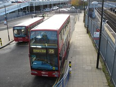 75 at Elmers End (wirewiping) Tags: bus buses olympus 75 scania metrobus tfl londonbuses optare