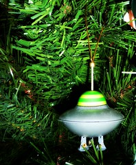 UFO Christmas Ornament (Bebopgirl1969) Tags: ufo retro christmasornament