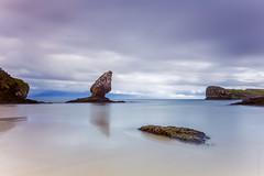 Rumbo al horizonte (Jose_Dominguez) Tags: espaa mar agua europa asturias playa es llanes islote ocanoatlntico aguasalada marcantbrico buelna principadodeasturias playadebuelna llanes