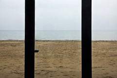 IMAGINATION (Marty085) Tags: door sea window sand mare view imagination spiaggia lignano orizzonte orizzonti canon600d