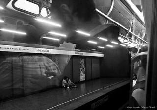 Metro de Santiago, Amor reflejado.