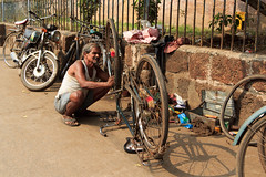 Bike repair (RunningRalph) Tags: india market orissa puri odisha