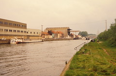 On the Grand Liaison - Watten - St Omer - the Aa (lower_incer) Tags: french canals pniche nordpasdecalais fluvial arques stomer fontinettes tourismefluvial frenchwaterways crystaldarques voiesnavigables canauxetrivieres