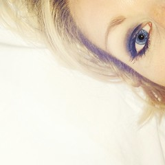 (the girl and the camera) Tags: blue white eye me self nokia bed eyes eyelashes space blueeyes tired blonde inbed selfie nokialumia