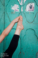 IMG_5890ChristineHewitt_YogicPhotos (yogicphotos) Tags: door city urban woman india green feet vertical yoga closeup women toes turquoise dana health string fitness mysore verticle flexible wellbeing streetyoga yogaphotography ubhayapadangusthasana bigtoepose yogaphotographer yogicphotos yogaanywhere bothbigdoubletoepose bothbigtoe